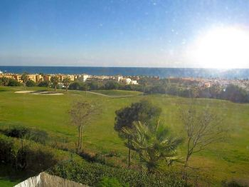 Alquiler piso terraza Doña julia golf club (San Luis de Sabinillas, Málaga)