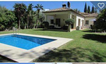 Amplia villa en alquiler a muy buen precio (Cancelada, Málaga)