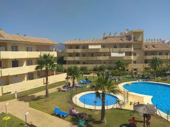 Se alquila apartamento en sabinillas (Casares, Málaga)